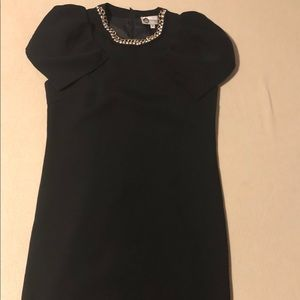Little black dress with golden chains
